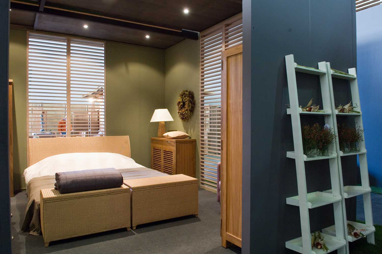 Chambre exotique, lit bambou, rotin, teck, lit baldaquin en bois