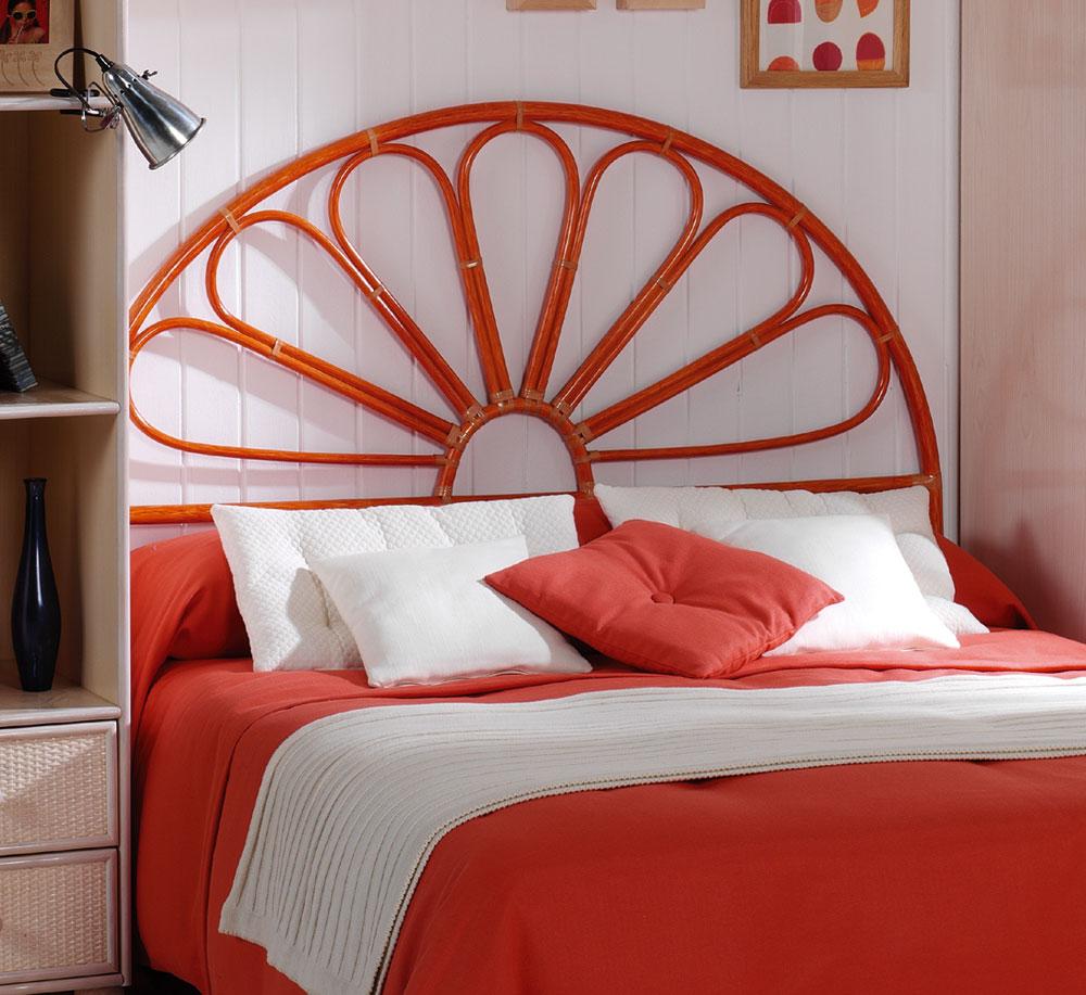t te de lit rotin 1982. Black Bedroom Furniture Sets. Home Design Ideas