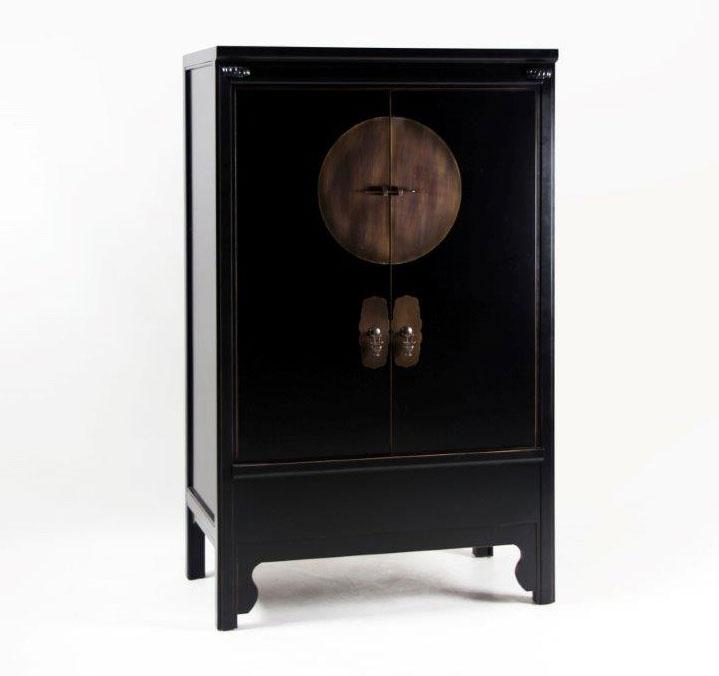 Armoire chinoise noire siete mares 2 portes 3529 for Meuble asiatique ancien