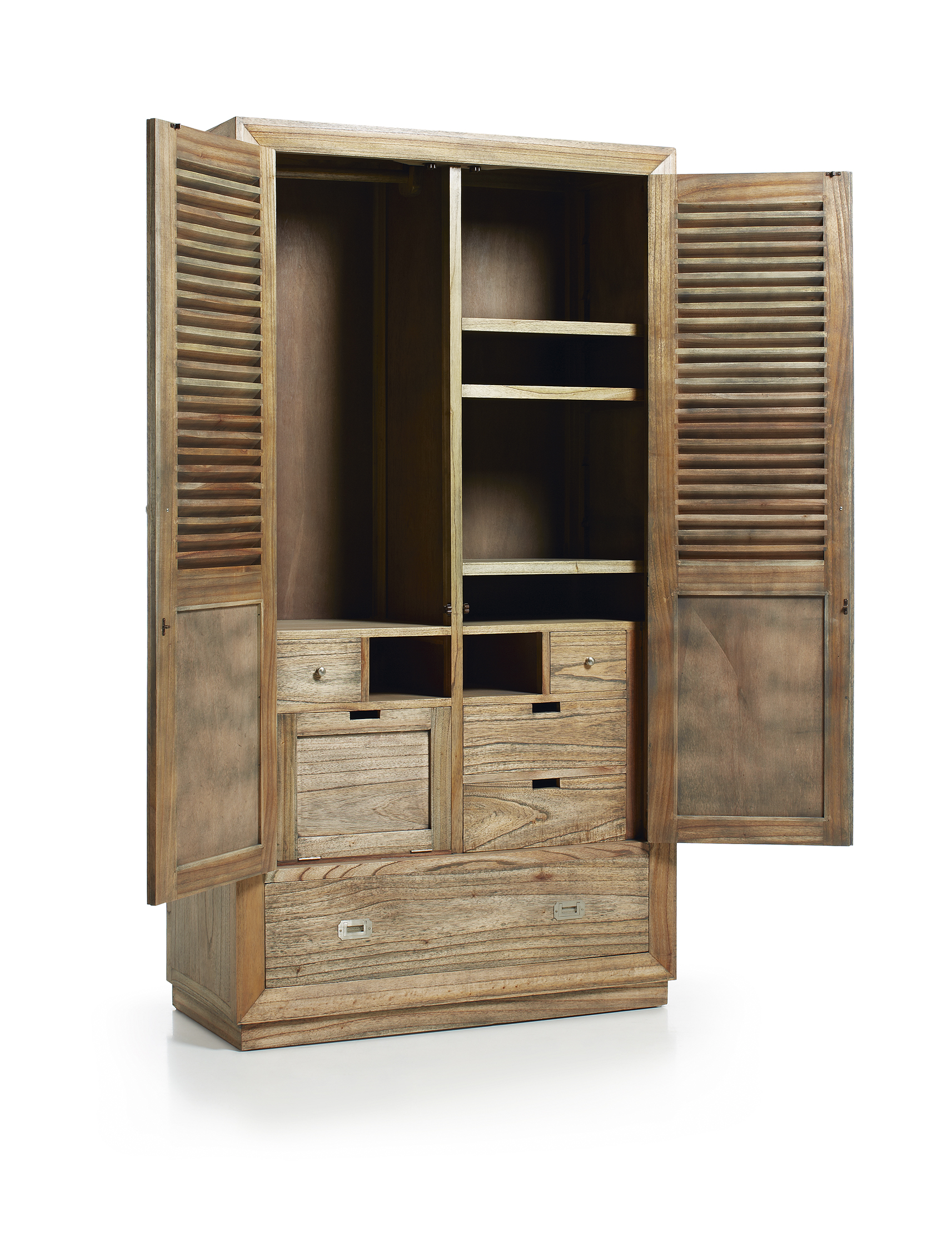 armoire de chambre avec penderie en bois de mindy collection ronja. Black Bedroom Furniture Sets. Home Design Ideas
