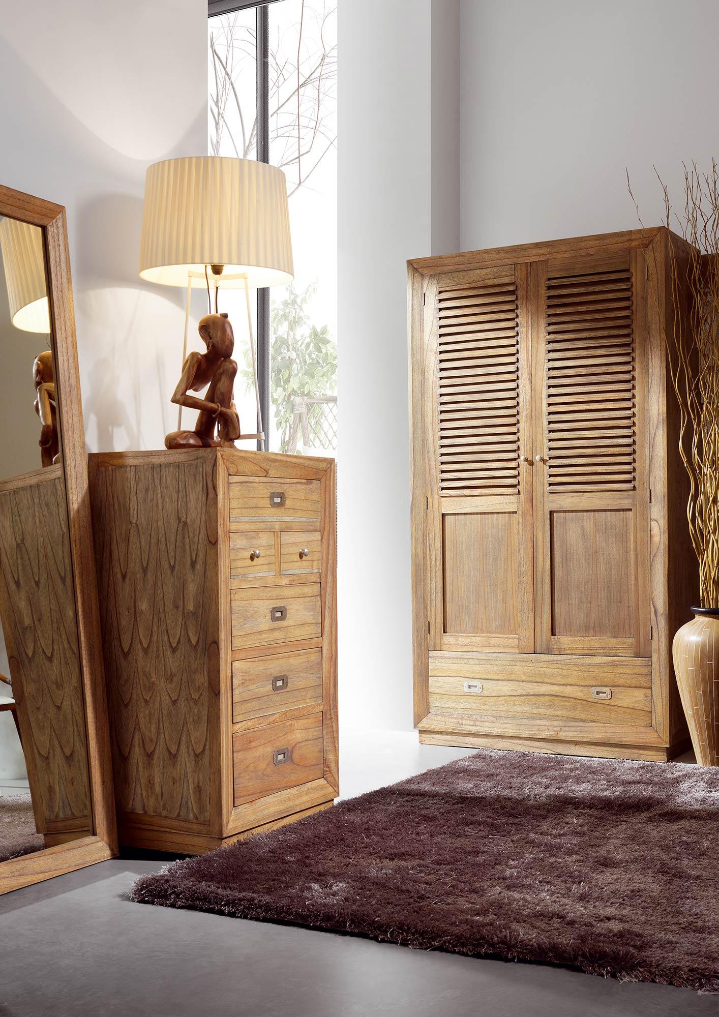 armoire de chambre avec penderie en bois de mindy collection ronja. Black Bedroom Furniture Sets. Home Design Ideas