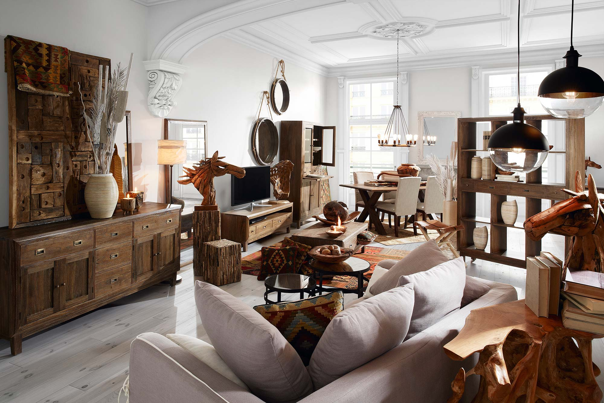 buffet moderne de salle manger en bois noir 5 tiroirs. Black Bedroom Furniture Sets. Home Design Ideas