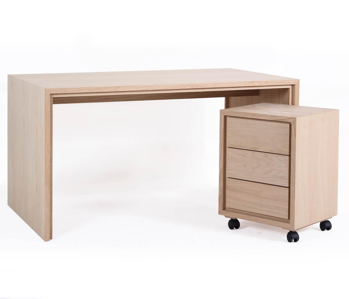 Bureau multim dia ch ne 140 cm personnalisable groomy 5774 for Bureau 140 cm