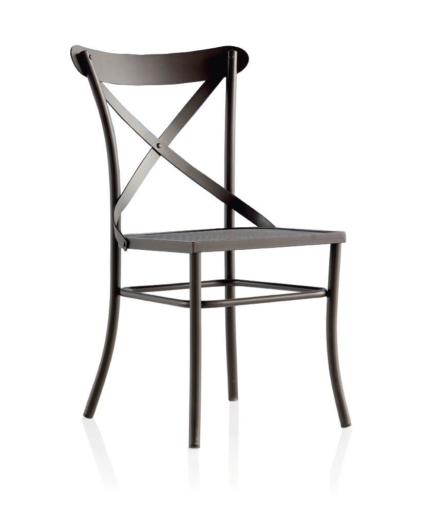 Chaise bistrot en m tal et fer forg mod le irotra for Table et chaise de salle a manger en fer forge
