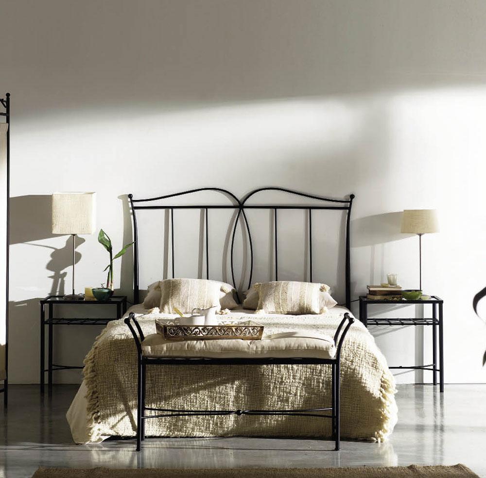 banc en fer forg avec coussin personnalisable 110 cm. Black Bedroom Furniture Sets. Home Design Ideas