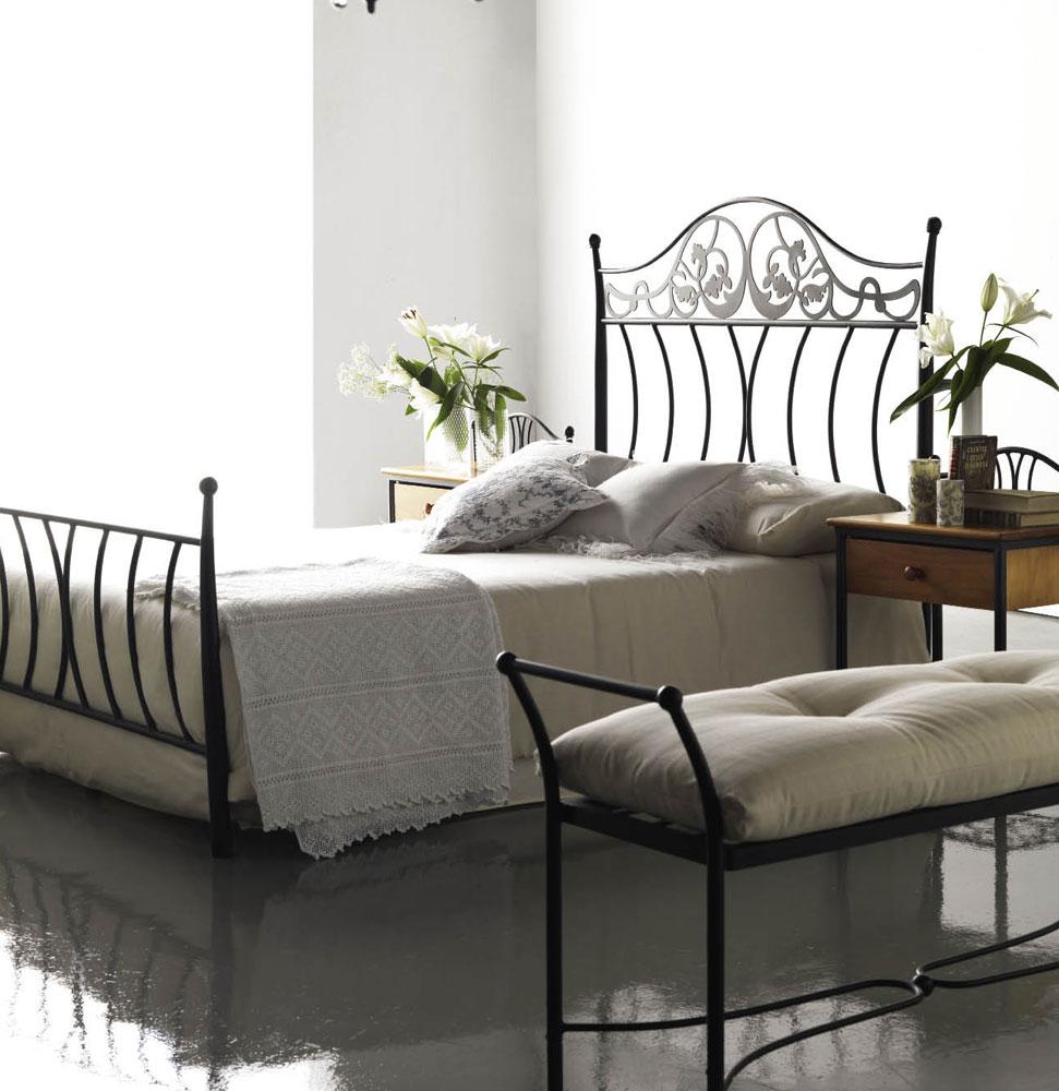 banc en fer forg avec coussin personnalisable 110 cm rovam 5879. Black Bedroom Furniture Sets. Home Design Ideas