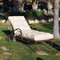 Chaise longue, transat bain et bain de soleil