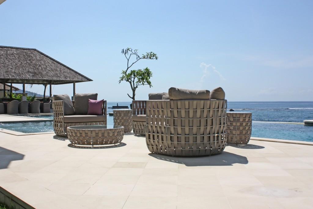 table d 39 appoint de jardin irio de lusso 6040. Black Bedroom Furniture Sets. Home Design Ideas