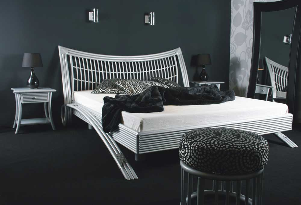 rhila lit double design en bois et rotin. Black Bedroom Furniture Sets. Home Design Ideas