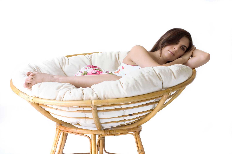 Le fauteuil relaxation papasan rotin un vrai nid zen - Loveuse rotin pas cher ...