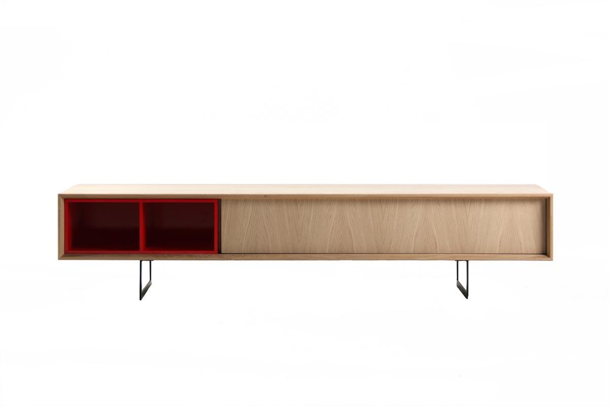 Un meuble t l ch ne sobre et fonctionnel pour habiller d - Meuble tv couleur chene ...