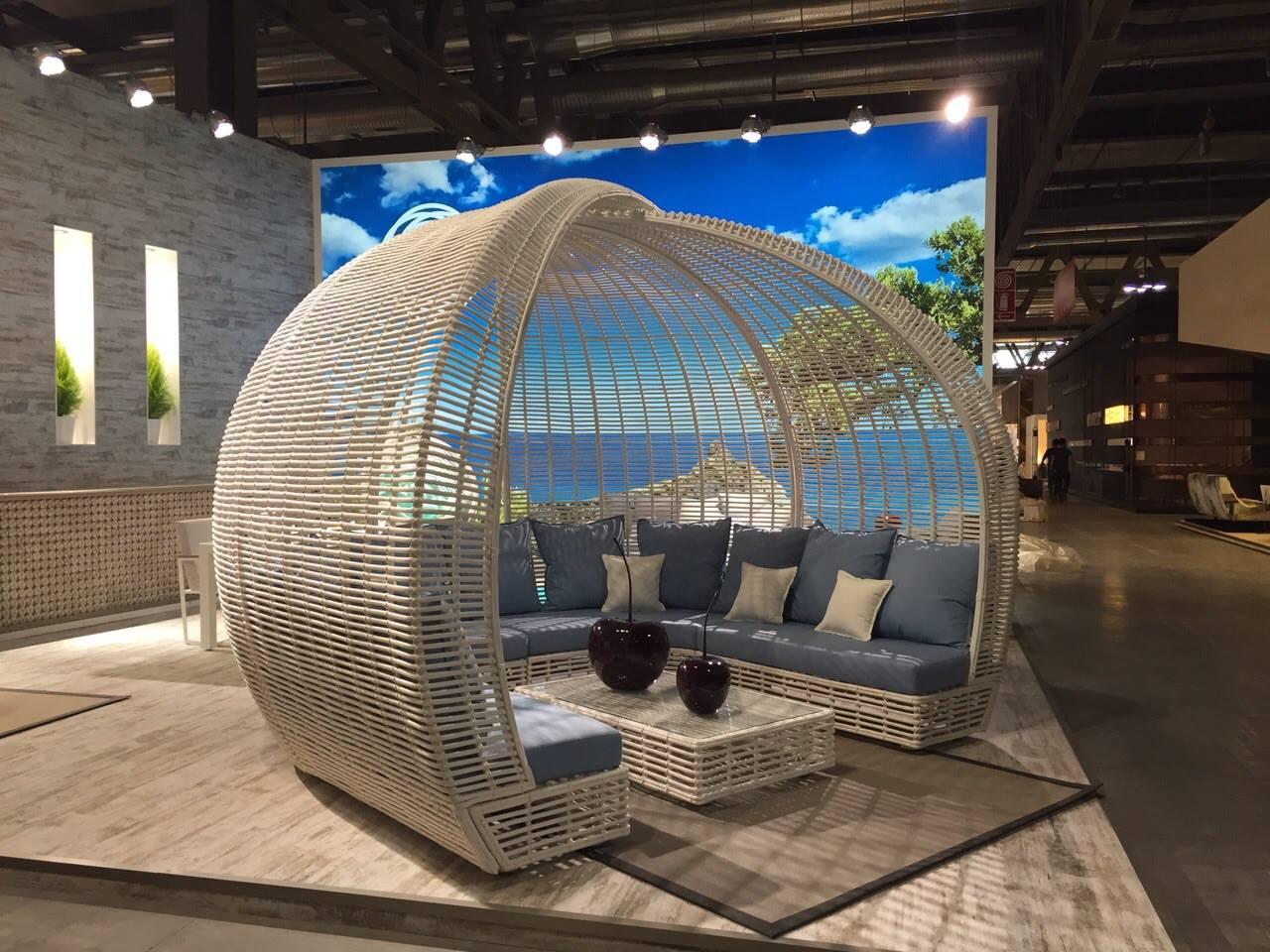 meubles de jardin cocoon de la collection lusso 6032. Black Bedroom Furniture Sets. Home Design Ideas
