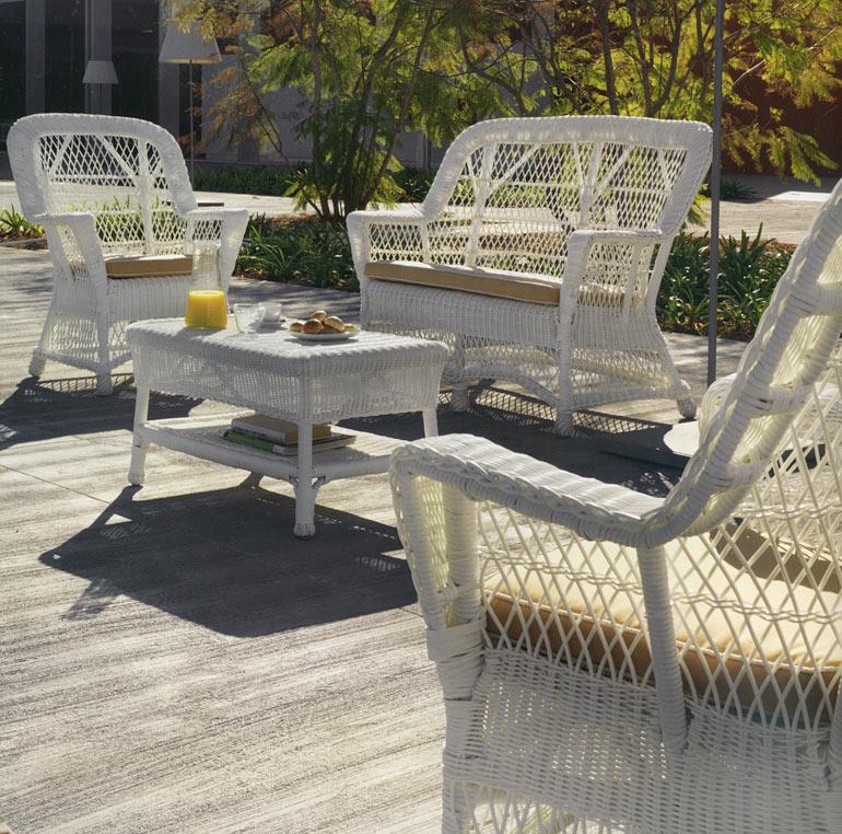 Canapé de jardin 2 places et demi en résine et rotin Clasic blanc
