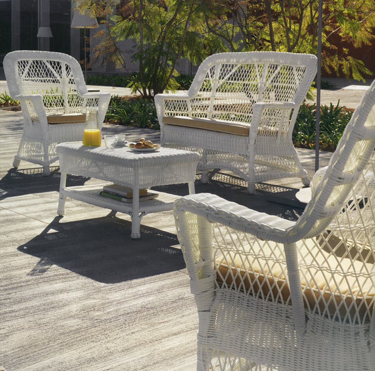 fauteuil de jardin rotin et r sine clasic blanc 4166. Black Bedroom Furniture Sets. Home Design Ideas