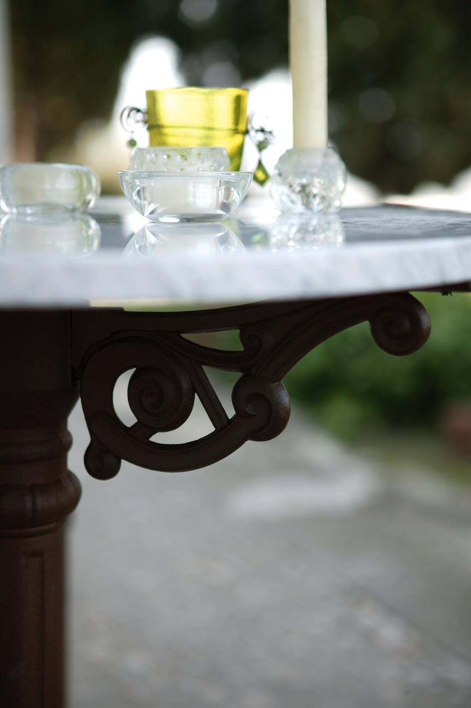Table De Bistrot En M Tal Fer Forg Et Marbre Blanc