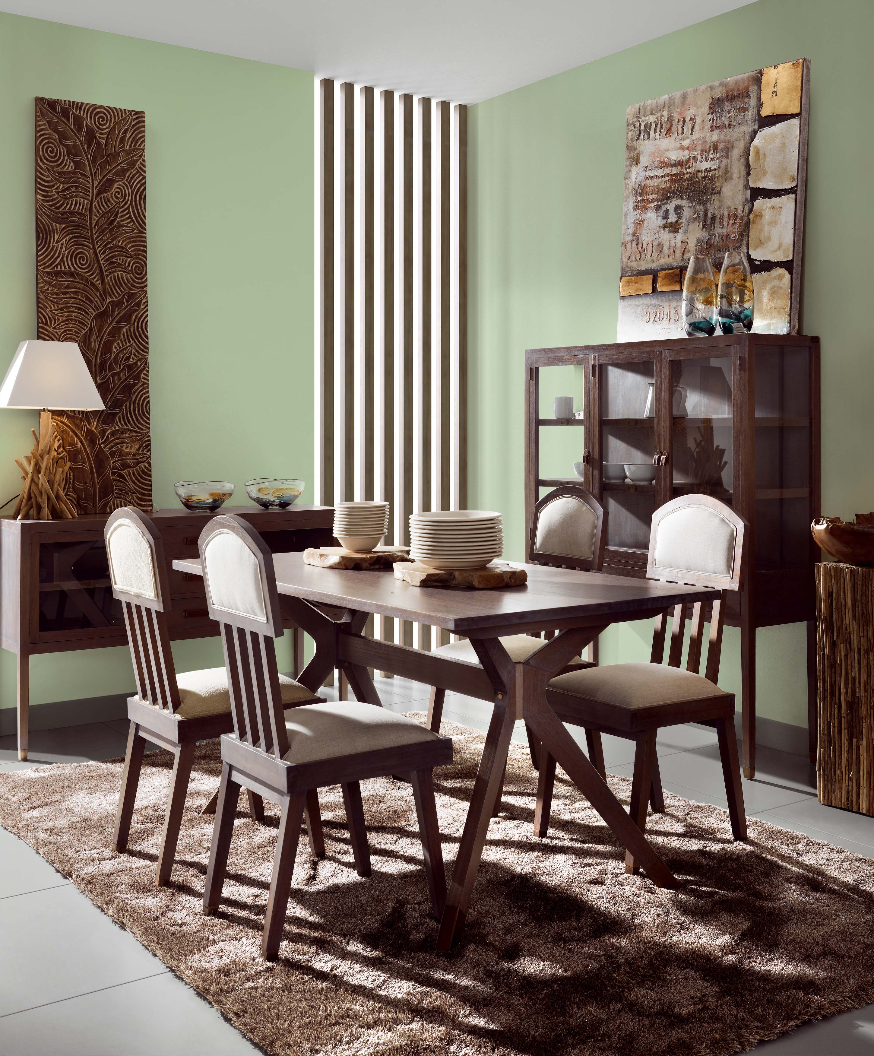 table salle manger avec rallonge en bois de mindi collection tana. Black Bedroom Furniture Sets. Home Design Ideas