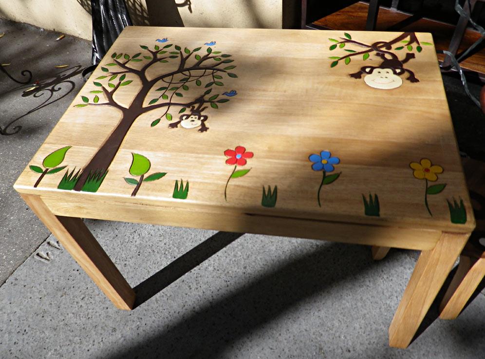 Table Sculpté En Table Bois Sculpté Enfant Enfant Bois En ULSzMpqGjV