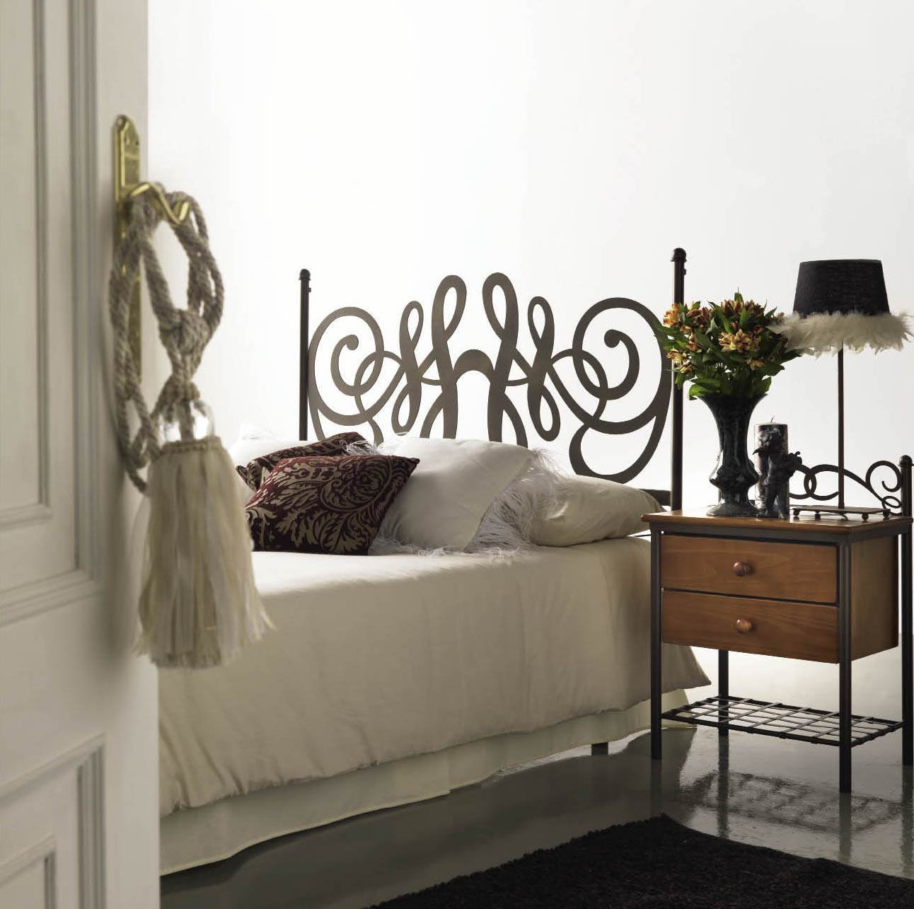 t te de lit m tal et fer forg organza 5847. Black Bedroom Furniture Sets. Home Design Ideas