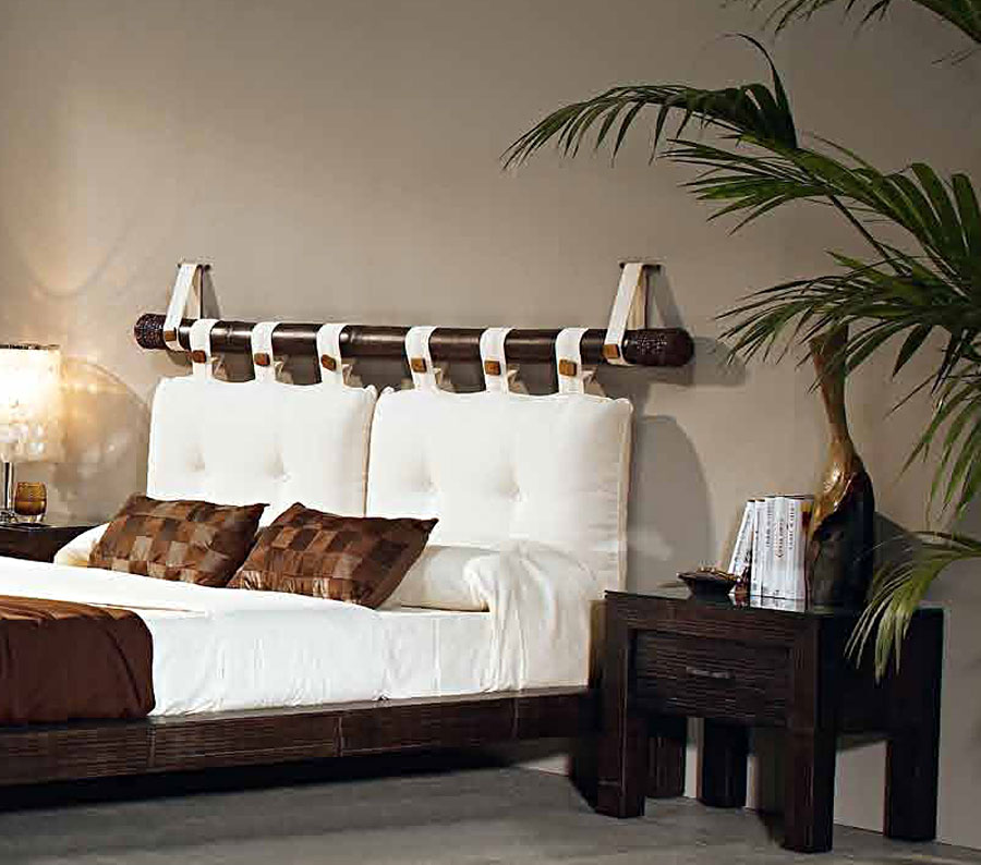 t te de lit bambou weng avec oreillers 6490. Black Bedroom Furniture Sets. Home Design Ideas