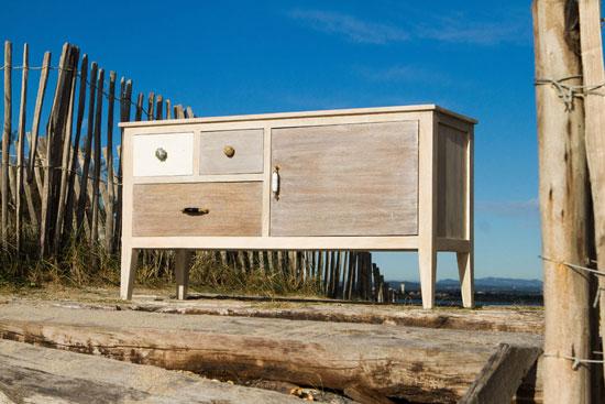 le meuble de rangement bord de mer ambiance cosy teint e de nostalgie. Black Bedroom Furniture Sets. Home Design Ideas