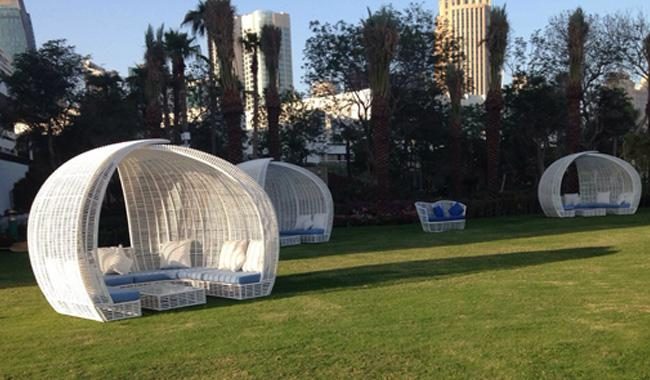 Meubles de jardin Cocoon Lusso dans les jardins de l'hôtel Sheraton Doha 2