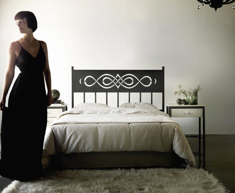 t te de lit t tes de lit en bois massif m tal bambou. Black Bedroom Furniture Sets. Home Design Ideas