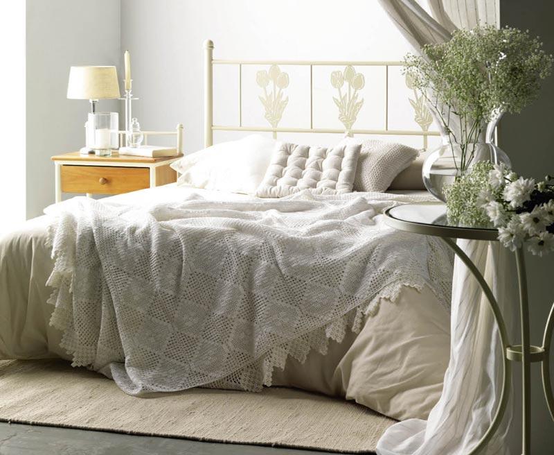 tte de lit bambou tte de lit vatice with tte de lit. Black Bedroom Furniture Sets. Home Design Ideas